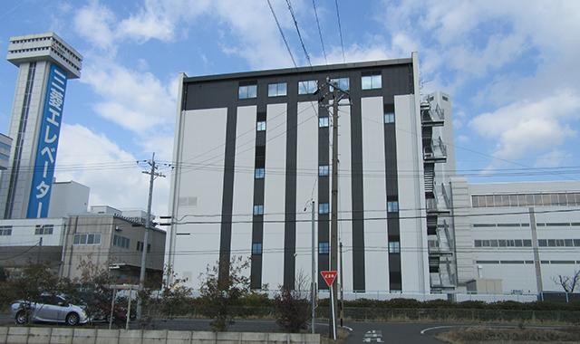 三菱電機稲沢製作所事務所棟
